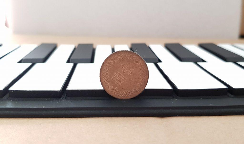 兒童手捲鋼琴